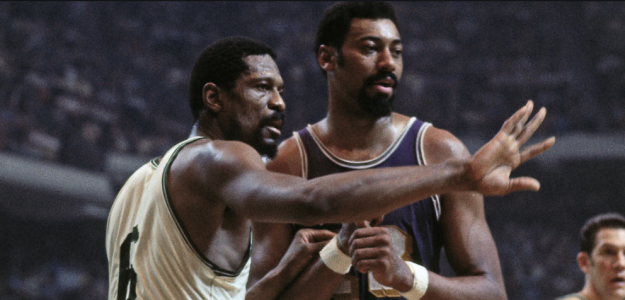 Bill Russell y Wilt Chamberlain, durante un Celtics-Lakers.