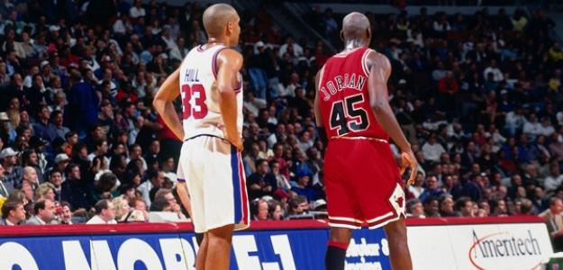 Gran Hill & Michael Jordan/nba.com