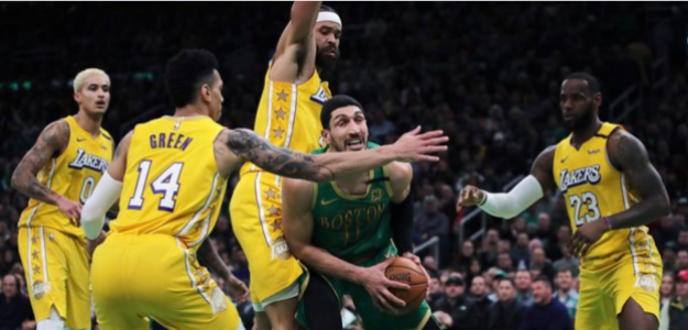Los Angeles Lakers cayeron en el TD Garden ante Boston Celtics.