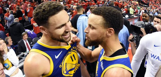 Klay Thompson y Stephen Curry con los Golden State Warriors.